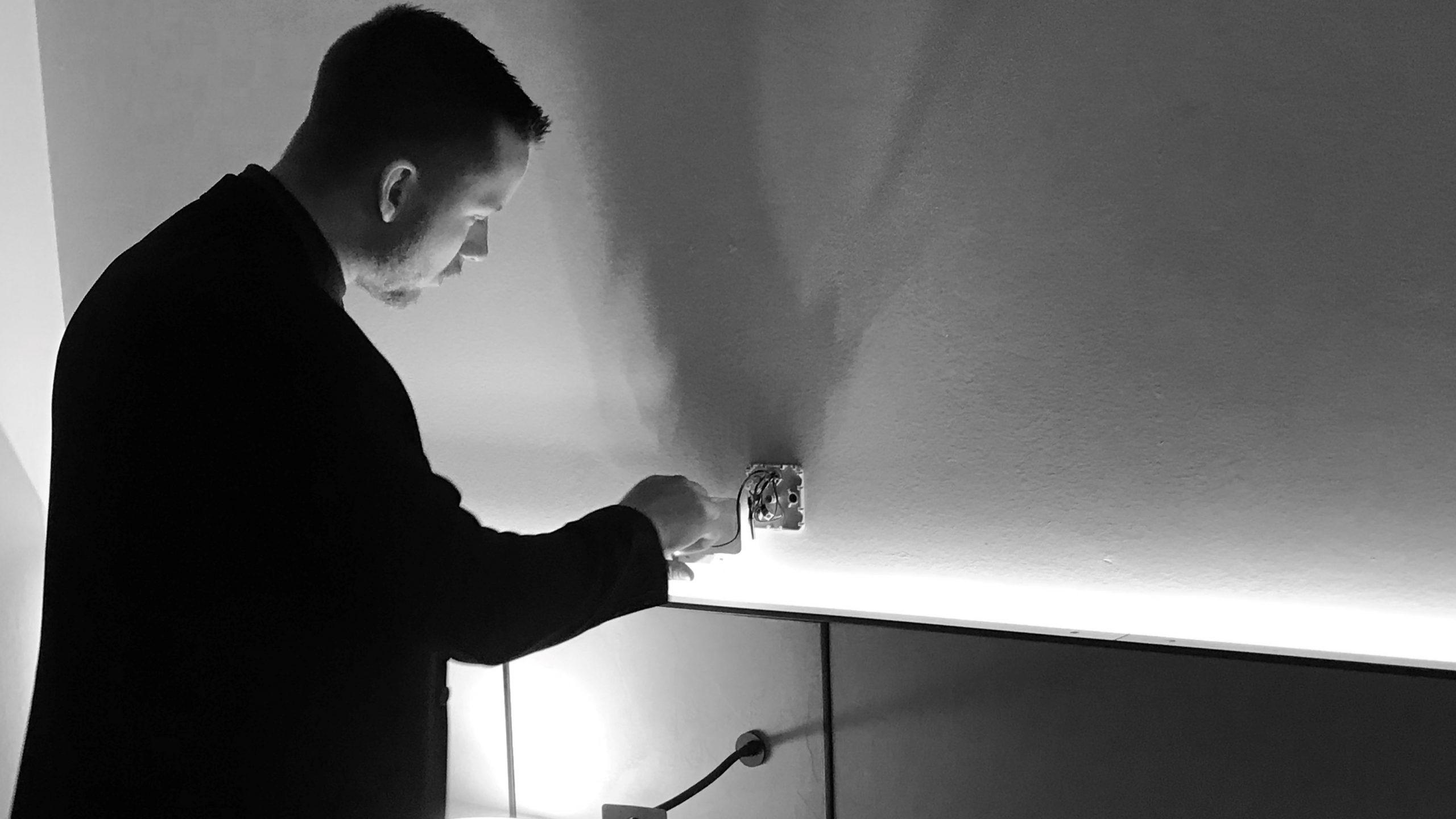 livvagt udføre sweep mod aflytning på hotelværelse